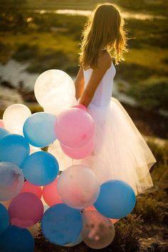 #havaifisek #parti #konfeti #balon Uçan Balonların Dansı Balon satan amcaların peşinden koştuğumuz. Tabi gelişen sektörler içerisinde de balon sektörü de kendine büyük bir pay aldı. http://www.balonmagazasi.net/kategori/balonlar/ucan-balonlarin-dansi.html