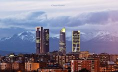Madrid by Chema Alvarez Madrid Skyline, Seattle Skyline, Places In Spain, Willis Tower, Barcelona, San, France, World, City