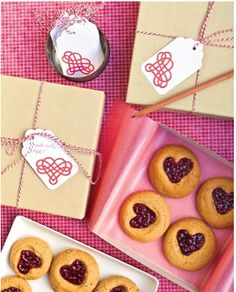 Thumbprint heart cookies recipe - great from the kids for dad. #fathersday #recipes
