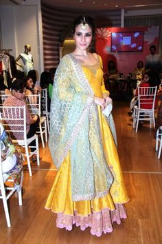 Anju Modi new collection sneak peek at Vogue Bridal Studio for Vogue Wedding Show 2015 yellow and blue outfit