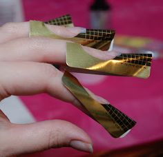 Bones And Lilies: How to do UV-gel Nails with Nail Forms