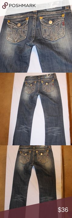 "MEK Jeans. Kids Size 16. Sydney. MEK Jeans Size 16 Inseam is 29""  Medium Wash No rips, stains, or tears 98% Cotton, 2 % Spandex.  Boot Cut MEK Bottoms Jeans"