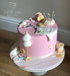 Wedding Cake Makers and Decorators Ellesmere Cookie Cake Birthday, Novelty Birthday Cakes, Pretty Birthday Cakes, Birthday Cakes For Women, Pretty Cakes, Cake Decorating Piping, Birthday Cake Decorating, Cake Decorating Techniques, Cake Decorating Tutorials