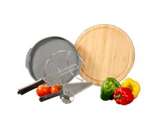 set contains the silicone liner, used in some veggie recipes