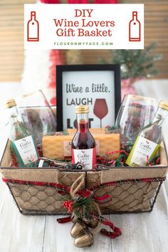 DIY Wine Gift Basket Ideas Everyone has a wine lover in their life or family. What better way is there to surprise them this holiday season than to gift them with a Wine Gift Basket for Christmas. Wine Gift Baskets are a perfect gift for wine lovers Alcohol Gift Baskets, Liquor Gift Baskets, Themed Gift Baskets, Alcohol Gifts, Raffle Baskets, Wine Baskets, Basket Gift, Gift Basket Themes, Picnic Baskets