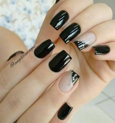 16 Ideas French Manicure Acrylic Nails Fun For 2019 Fancy Nails, Trendy Nails, Chic Nails, Black Nail Designs, Nail Art Designs, Nails Design, Pedicure Designs, New Year's Nails, Hair And Nails