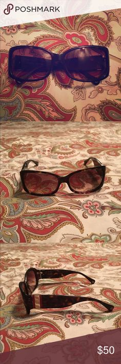 Coach Tortoise Sunglasses Coach Tortoise sunglasses. Red stripe and coach C's on side. A few light scratches on lenses but they are not noticeable. ⭐️open to trades for Coach, Tory Burch, Ray Ban sunglasses⭐️ Coach Accessories Sunglasses