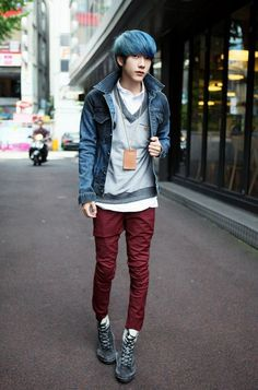 Imagem de boy boys and grunge kawaii japanese boysor not. Japanese Street Fashion, Tokyo Fashion, Harajuku Fashion, Kawaii Fashion, Fashion Outfits, Mens Fashion, Style Fashion, Fashion Shoes, Ulzzang Fashion