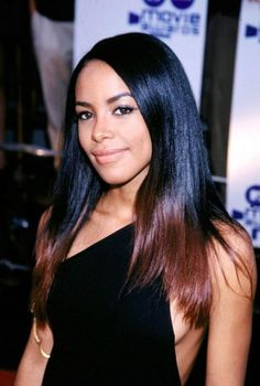 Aaliyah was there too — her debut film, Romeo Must Die , had recently come out. | 29 Things You Probably Forgot Happened At The 2000 MTV Movie Awards