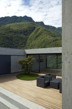 Villa a Pianezzo  / Bonetti e Bonetti Architetti