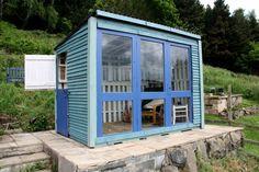 Gartenhaus Idee - Beach Stil kombiniert mit Landhaus Atmosphäre in Blau