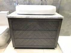Bespoke Oak Three draw vanity 7nit