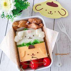 おはようございます(*ˊૢᵕˋૢ*) 今日のお弁当は〜 プリンちゃんとマカロンちゃんの#サンドウィッチ お弁当です♡ プリンちゃんのお顔はチェダーチーズで作りました🍮 ここ2.3日暑い上に雨☔が降っていて、湿度がとっても高くジメジメしています💧 梅雨ってこんな感じなのかな〜💧 早くカラッと晴れてほしいです✨ . それでは皆様今日も楽しい一日をお過ごしください(๑ˇεˇ๑)•*¨*•.¸¸♪ . . . #手作り#キャラフード#キャラ弁#ポムポムプリン#マカロン#サンリオ#クッキングラム#デリスタグラマー#おうちごはん#ママリ#lin_stagrammer #instafood #cutefood #characterfood #kyarafood #kyaraben #kawaiifood #delimia #decofood #foodart #funfood #fooddeco #lunch #bento #弁当#お弁当#sandwich#pompompurin #sanrio