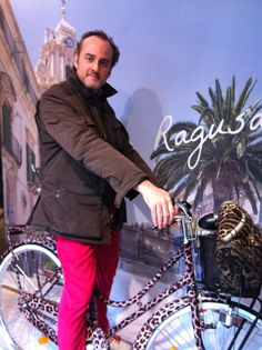 At the Dolce shop in Milano , bicycle designed by Philippe Starck #D #DOLCE  #Philippe Starck #Salone