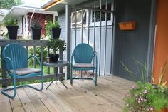 mid-century house porch exactlydesigns.com