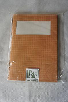 Cuaderno de cuadros naranjas. Hecho a mano. Handmade. DIY.