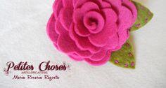 Rosa il Feltro su Spilla di Petites Choses una dimostrazione di cucito creativo realizzata in esclusiva per lcdm.it