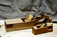 More decent photos of the Frizsky kid and Wooden, a little increased, the version of a bone plane from Oosterbeinum. orentirovochno 5-8 centuries. Difficult perhaps бо to do having only one photo and the linear sizes. Material: Ash-tree, maple, cap of a maple, apple-tree, plum tree. Iron:  kid: U8 steel The big: there is a piece of iron from from the Soviet plane 9khf so far