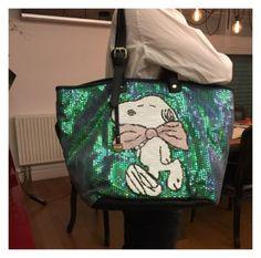 Snoopy desenli payetli Pullu Bayan Cantasi