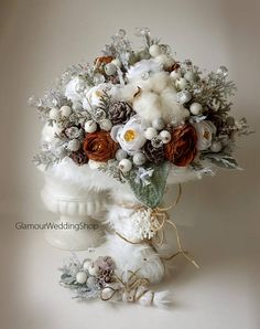 Hey, I found this really awesome Etsy listing at https://www.etsy.com/listing/558881770/brooch-bouquet-winter-wedding-bouquet