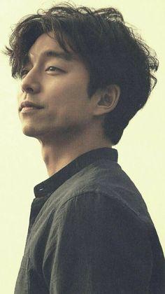 Korean Drama Movies, Korean Actors, Do You Like Messi, Namgoong Min, Goblin Gong Yoo, Yoo Gong, Bts Meme Faces, Korea Boy, Korean Men