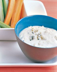 Super Bowl // Blue-Cheese Dip Recipe