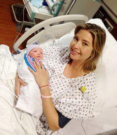 Emocionada, Ivanka Trump comparte la primera fotografía de su recién nacido y revela su nombre