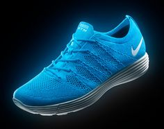 560a16ee915bb8 Nike HTM Flyknit – Collection III