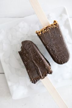 These fudgesicles have a secret— they're loaded with spinach you'll never taste!