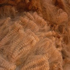 This 100% pure alpaca fleece is available in a range of dye-free, natural colors. From brown and gold to silver and black, Alpaca wool also dyes easily which helps you create gorgeous yarns and knit products. Hand-spin, felt or weave beautiful, colorful alpaca products, garments and textiles.