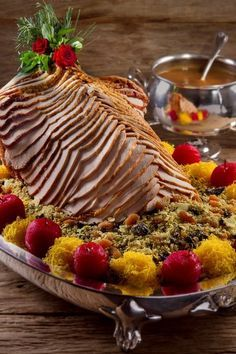 Receitas para ceia de Natal: peru à moda Charlô Xmas Food, Christmas Desserts, Easy Cranberry Sauce, Party Finger Foods, Baked Pork, Le Diner, Carne, Creative Food, Food Truck