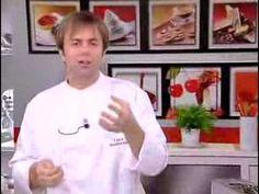 Accademia di pasticceria_Alice tv_Tortino caldo al cioccolato con guazzetto di frutta_