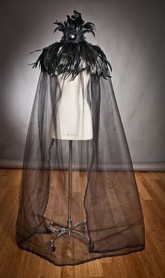 Custom listing One size Black Cape High feather by Glamtastik, $215.00