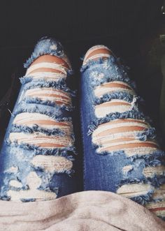 ripped • distressed • holes in • lightwash jeans • tumblr fashion • teen style • cute clothes • outfit