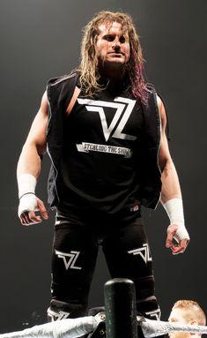 Cody Rhodes, Beach Curls, Dolph Ziggler, Wrestling Superstars, Beach Attire, Aj Styles, Wwe Divas, Roman Reigns, Curled Hairstyles