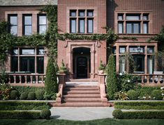 Step Inside a San Francisco Tudor with an Aesthetic as Cinematic as Its Own Backstory