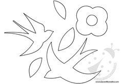 ADDOBBI PRIMAVERA AULA SCUOLA Sagome di rondini e fiore di pesco da attaccare alle porte e ai vetri delle finestre di scuola nel periodo di Primavera.