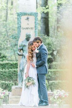 Una boda en Granada en All Lovely Party Granada, Spain, Couple Photos, Couples, Wedding Dresses, Pretty, Instagram, Weddings, Couple Shots