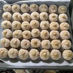 Greek Sweets, Greek Desserts, Greek Recipes, Sweets Recipes, Cookie Recipes, The Kitchen Food Network, Biscotti Cookies, Wedding Desserts, Aesthetic Food