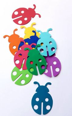 Lady Bug Die Cut Outs Scrap Booking Embellishments Party Party Decoration, Valentine Decorations, Flower Decorations, Diy Arts And Crafts, Crafts For Kids, Paper Crafts, Diy Crafts, Lady Bug, Garden Fence Art