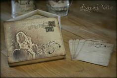 Carte postale wish cards with box - Couple photo - Vintage wedding stationery - Beyond Verve