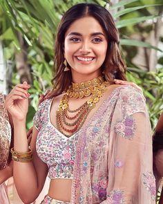 10 Most Beautiful Women, Beautiful Girl Indian, Most Beautiful Indian Actress, Beautiful Girl Image, Amazing Women, Beauty Full Girl, Beauty Women, New Photos Hd, Snake Girl