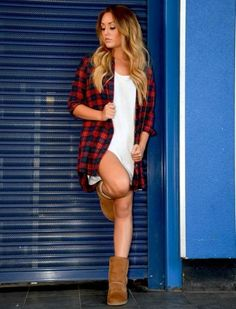 charlotte crosby uggs - Google Search Charlotte And Gaz, Charlotte Letitia, Charlotte Crosby, Cool Outfits, Fashion Outfits, Fashion Trends, Early 2000s Fashion, Geordie Shore, Clothes For Women