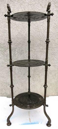 Salontisch Blumentisch Gusseisen cast iron Schloss Heidelberg Beistelltisch