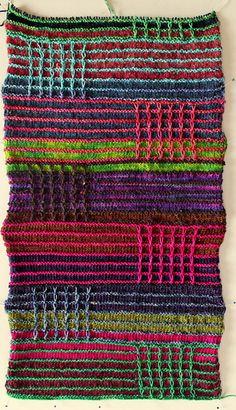 Ravelry: Bunte Erinnerungen Decke pattern by Suzane Braun. Slipped stitch goodness...