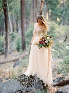 Ethereal illusion sleeve lace embroidered wedding dress: http://www.stylemepretty.com/2015/11/27/autumn-bridal-session-in-yosemite-national-park/ | Photography: Cassidy Carson - http://www.cassidycarsonphotography.com/