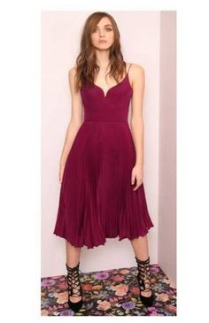 Sunburst Pleated Sweetheart Dress