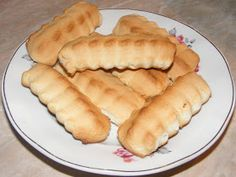 Biscuiti Hot Dog Buns, Hot Dogs, Dessert Recipes, Desserts, Biscuits, Muffins, Breads, Food, Home