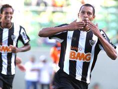 Gilberto Silva conquistou pelo Galo dois campeonatos mineiros e uma Libertadores da America. #AtléticoMineiro #Galo
