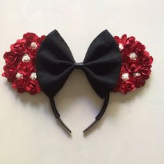 Red Disney Minnie Mouse Ears Mickey Ears by PixieDustForDays Mini Mouse Ears, Disney Minnie Mouse Ears, Disney Ears Headband, Ear Headbands, Disney Outfits, Disney Ideas, 2nd Birthday, Hair Bows, Royalty